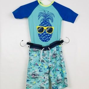 Old Navy swimsuit size 5T